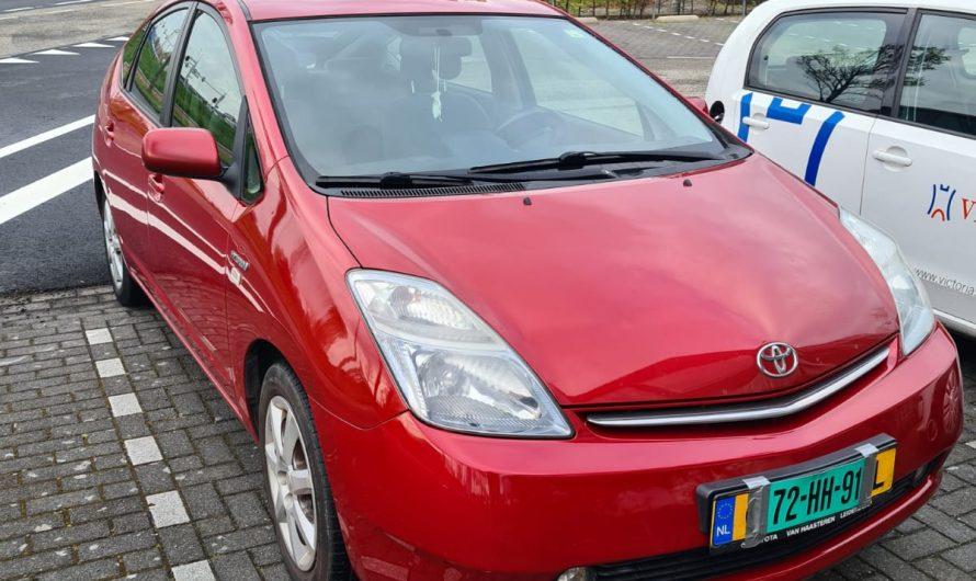 208.000 km NAP Toyota Prius Comfort Rood 2008
